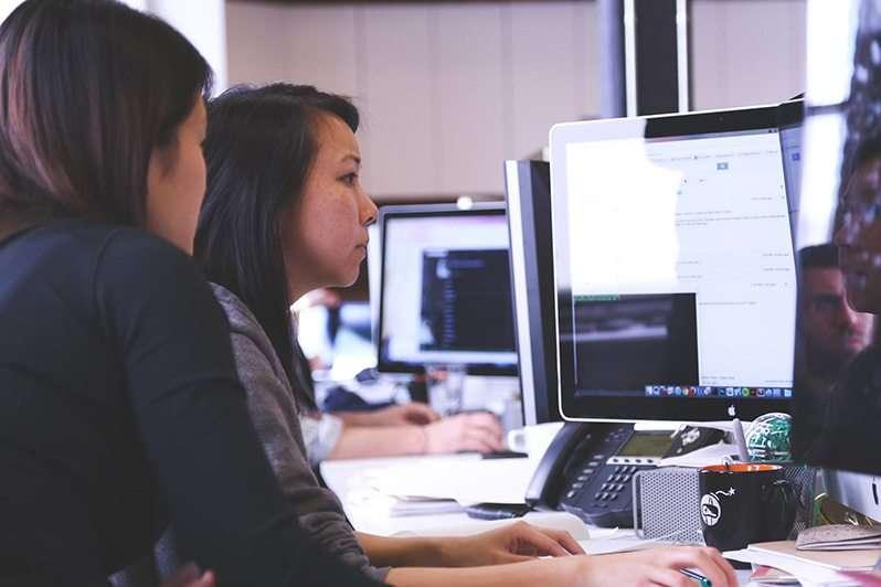 Les cours e-learning : leur secret pour améliorer les résultats tout en réduisant les coûts