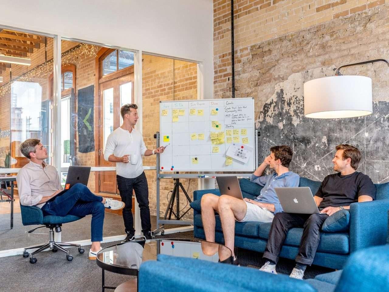 Comment est-ce que les entreprises disruptives gèrent-elles les changements?
